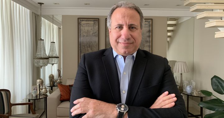 Roberto Cury acaba de assumir a Presidência do Sinog